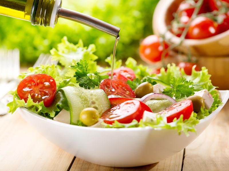 Think Outside the Salad Bowl! Olive Morada